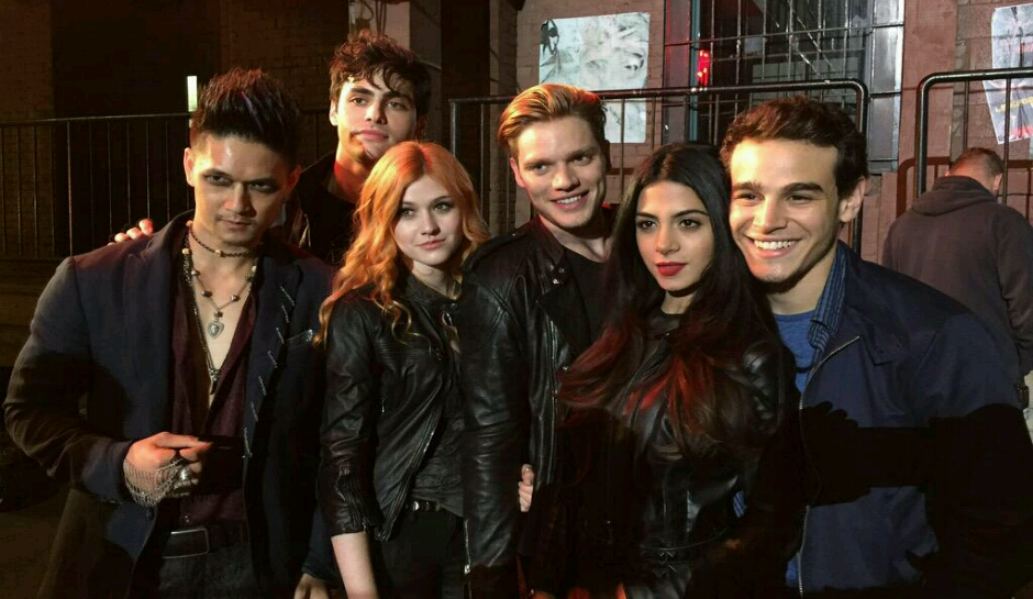 Shadowhunters Season 2 date release